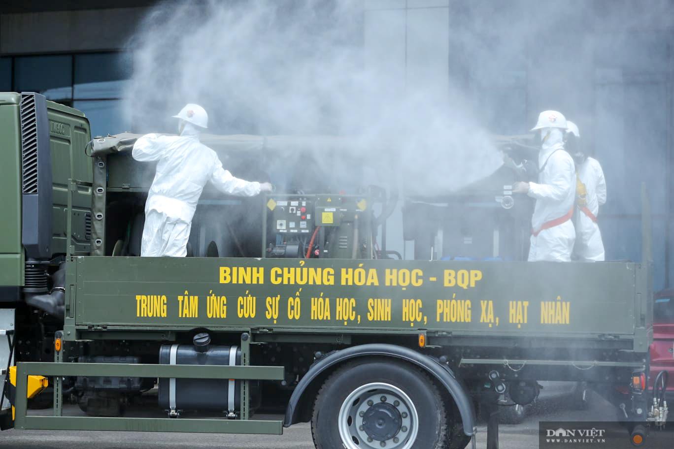 Hà Nội: khử khuẩn toàn bộ Bệnh viện Bệnh Nhiệt đới Trung ương cơ sở Đông Anh - Ảnh 5.