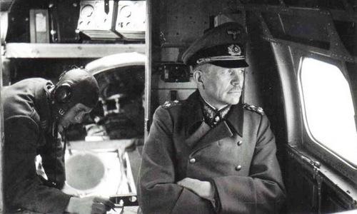 """Cha đẻ """"chiến tranh chớp nhoáng"""" của Phát xít Đức: Kẻ luôn chống lệnh Hitler - Ảnh 2."""