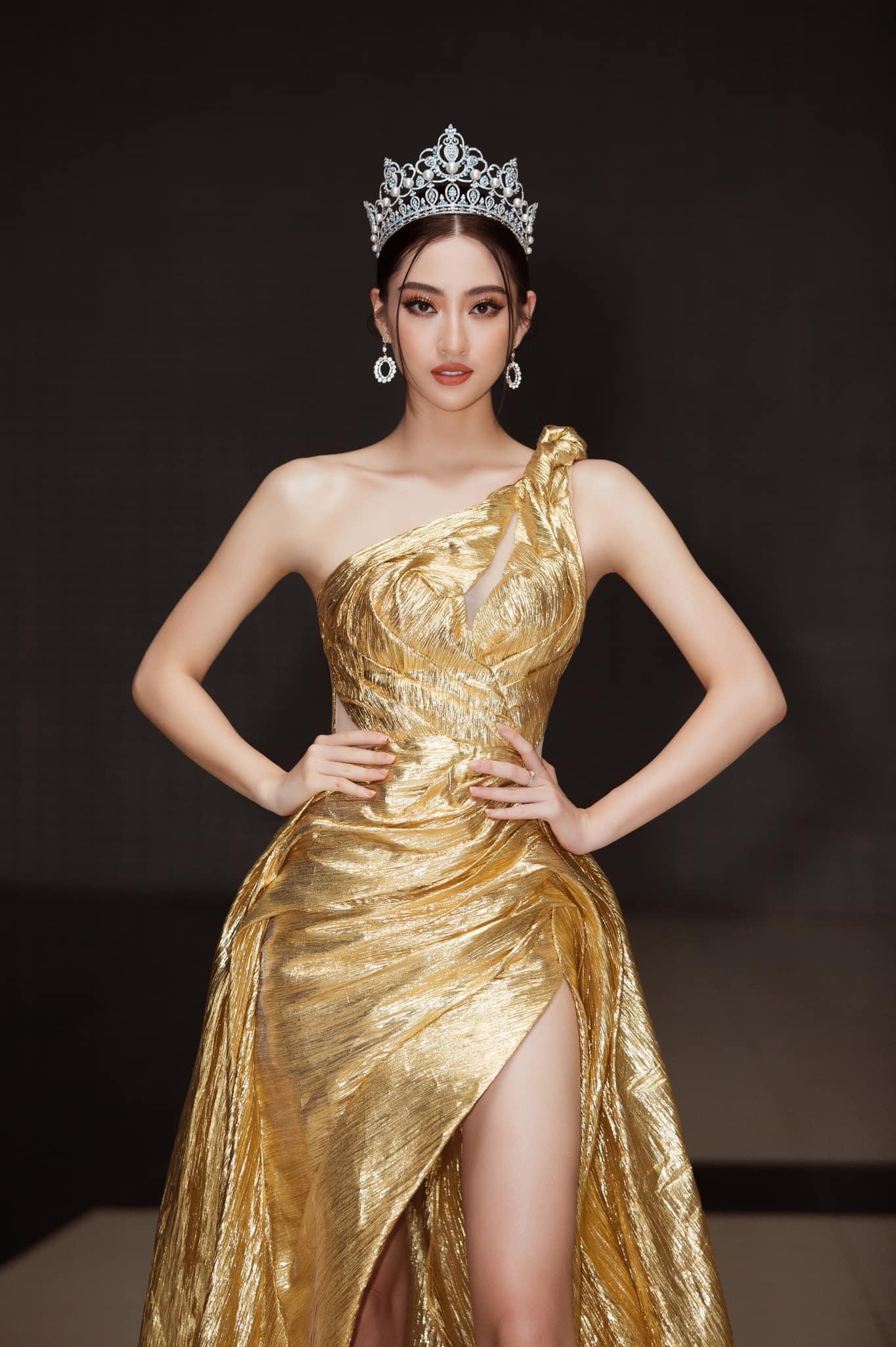"""Hoa hậu Đỗ Mỹ Linh, Lương Thùy Linh bất ngờ """"tái xuất"""" trong clip Miss World 2021, Đỗ Thị Hà gây chú ý - Ảnh 4."""