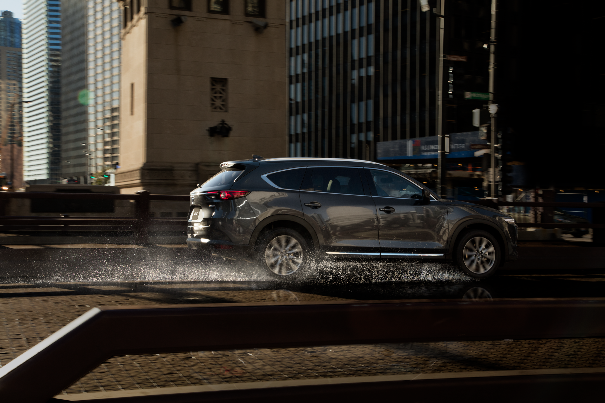 Thiết kế và trang bị, yếu tố hút khách hàng của Mazda CX-8 - Ảnh 2.