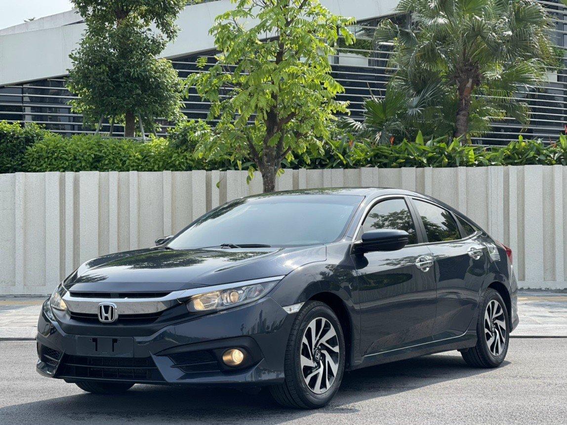 Honda Civic đời 2018, nhập Thái, giá bán hấp dẫn người Việt
