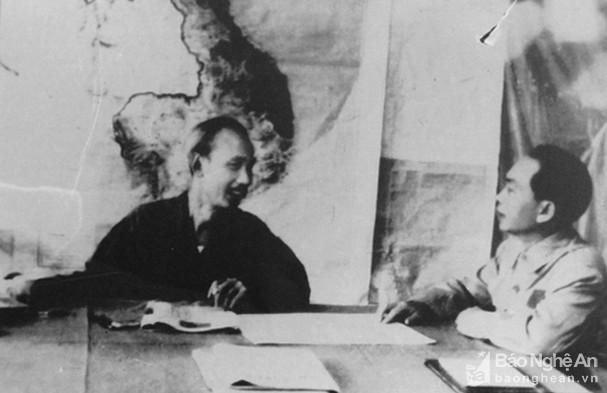 Đại tướng Võ Nguyên Giáp và những khoảnh khắc lịch sử ở Điện Biên Phủ - Ảnh 1.