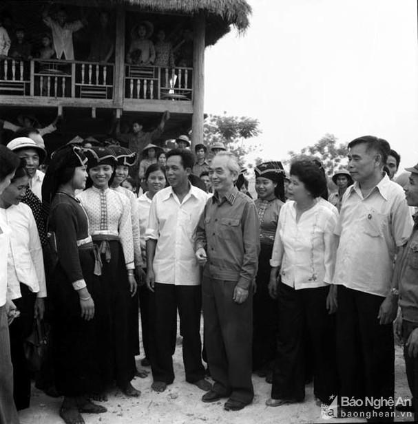 Đại tướng Võ Nguyên Giáp và những khoảnh khắc lịch sử ở Điện Biên Phủ - Ảnh 11.