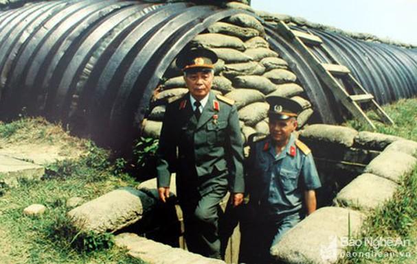 Đại tướng Võ Nguyên Giáp và những khoảnh khắc lịch sử ở Điện Biên Phủ - Ảnh 14.