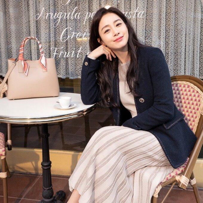 Kim Tae Hee rạng rỡ, tươi tắn không ngờ ở tuổi 41 - Ảnh 8.