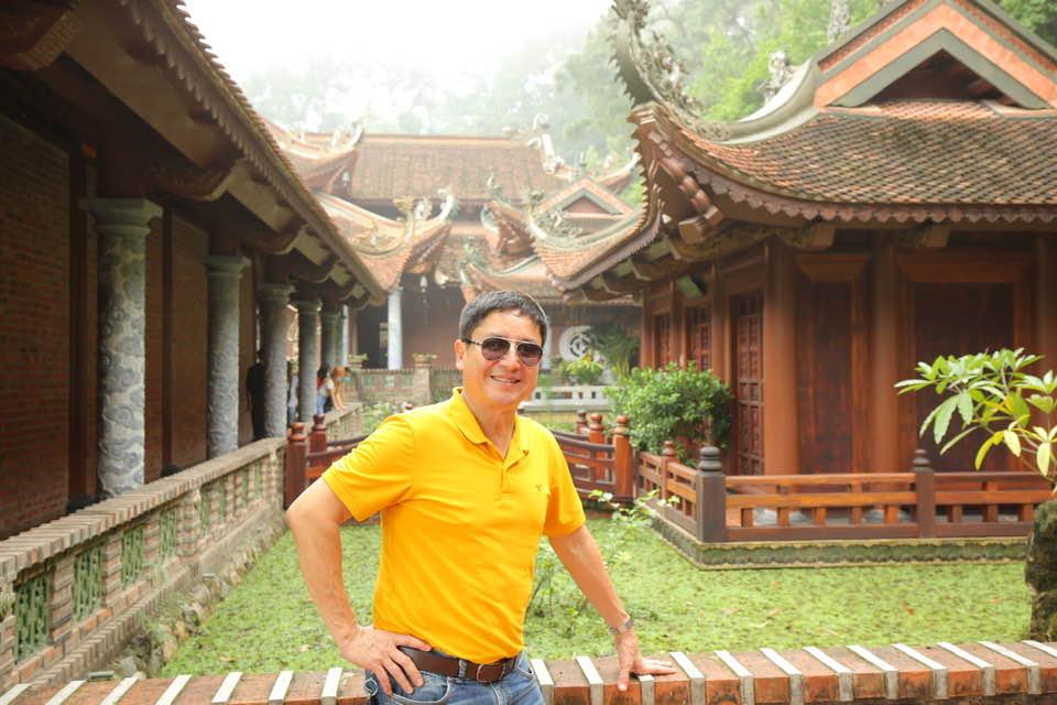 Sao Việt 6/5: Ca sĩ Phi Nhung hiếm hoi mặc quyến rũ ở tuổi U50 - Ảnh 5.