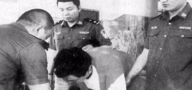Cuộc đời kỳ lạ của tỷ phú đầu tiên bị tử hình tiêm thuốc độc, từng được ví với người giàu nhất Châu Á - Ảnh 7.