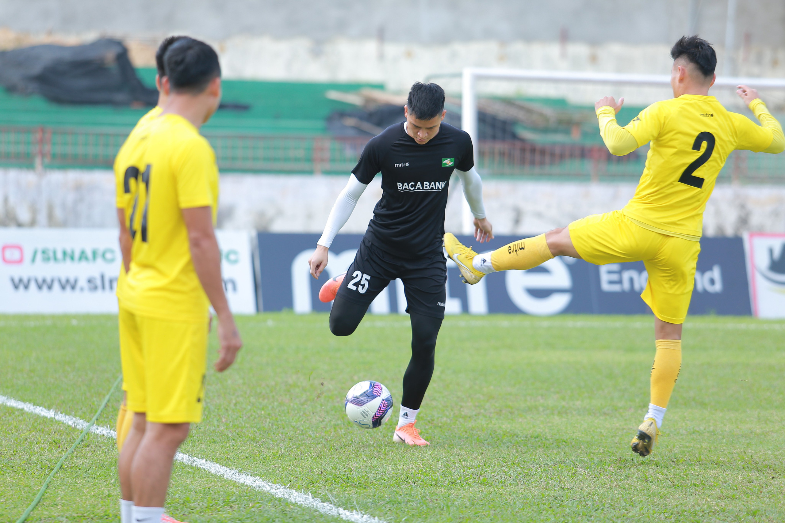 Nóng: Toàn bộ đội 1 của CLB bóng đá Sông Lam Nghệ An bị cách ly vì Covid-19 - Ảnh 5.