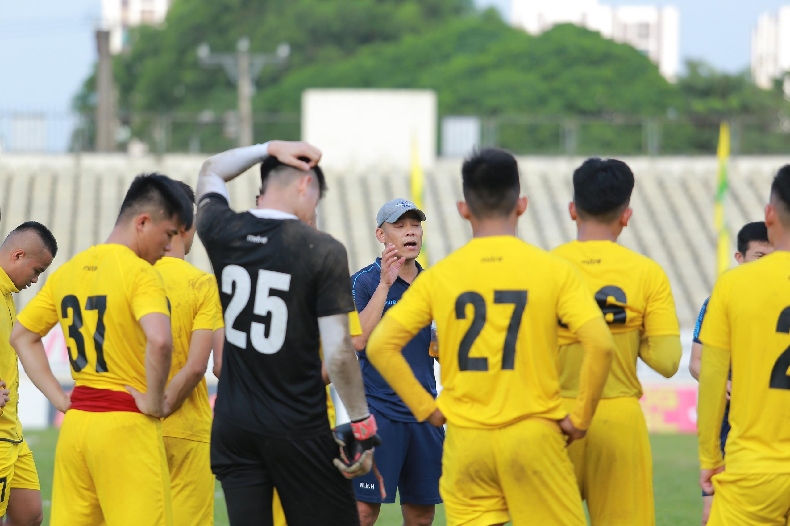 Nóng: Toàn bộ đội 1 của CLB bóng đá Sông Lam Nghệ An bị cách ly vì Covid-19 - Ảnh 7.