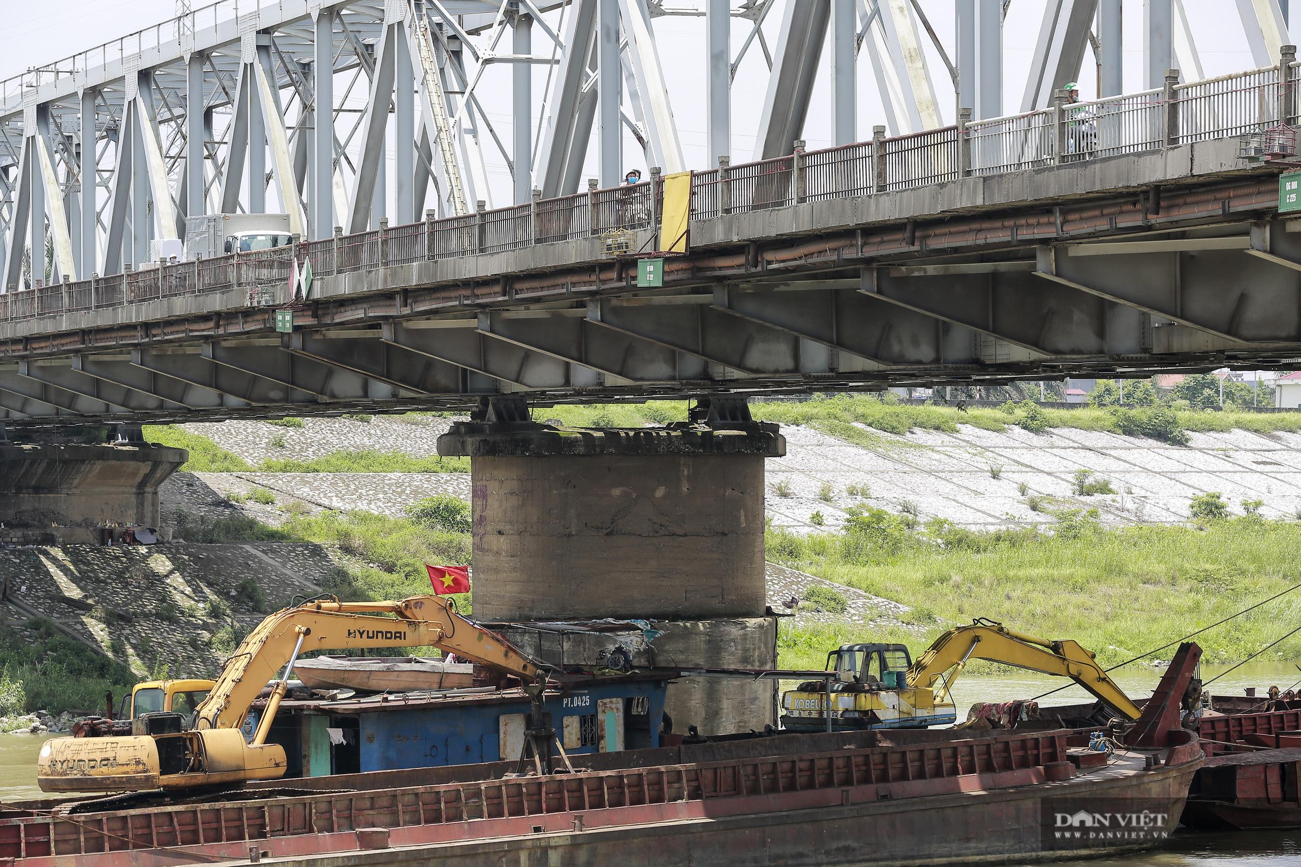 Cầu Đuống sửa chữa, tàu thuyền được phép di chuyển vào giờ nào? - Ảnh 2.