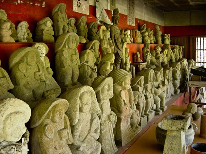 """Nhật Bản: Đá thiêng Âm Dương và các biểu tượng """"của quý"""" độc lạ tại đền thờ Inyoseki - Ảnh 6."""