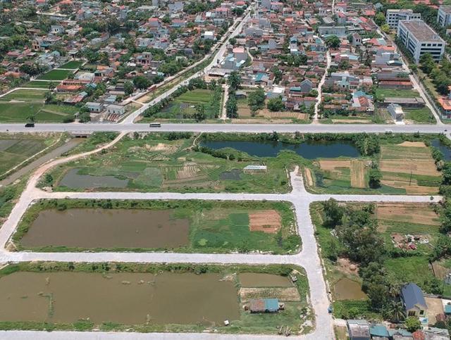 Giá đất vùng ven Hà Nội có nơi tăng 45% - Ảnh 1.