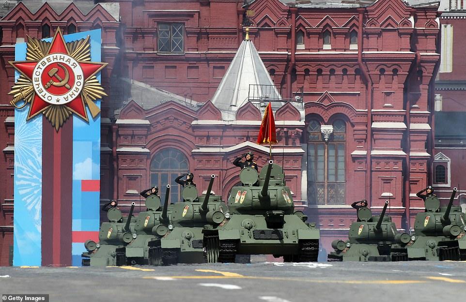 Nga khoe những vũ khí nguy hiểm nhất trong lễ duyệt binh kỷ niệm Ngày Chiến thắng  - Ảnh 2.