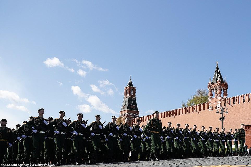 Nga khoe những vũ khí nguy hiểm nhất trong lễ duyệt binh kỷ niệm Ngày Chiến thắng  - Ảnh 10.