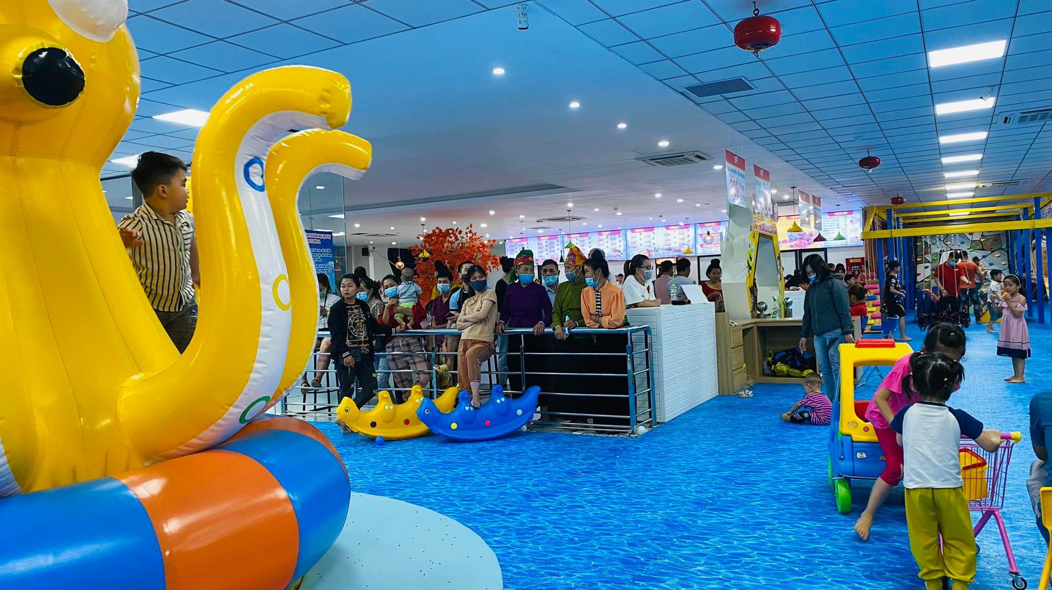 Tp.Sơn La quyết định dừng một số hoạt động kinh doanh và vui chơi giải trí vì dịch Covid-19 - Ảnh 2.