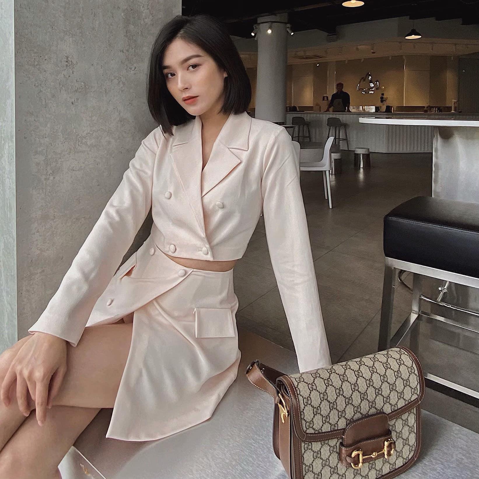 Vẻ đẹp hút hồn của hotgirl Đà Nẵng, giống Hạ Vi và diễn viên xinh đẹp người Thái Lan - Ảnh 2.