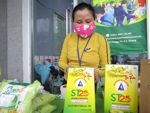 Sẽ trình Chính phủ mua lại bản quyền giống lúa ST25 - Ảnh 1.