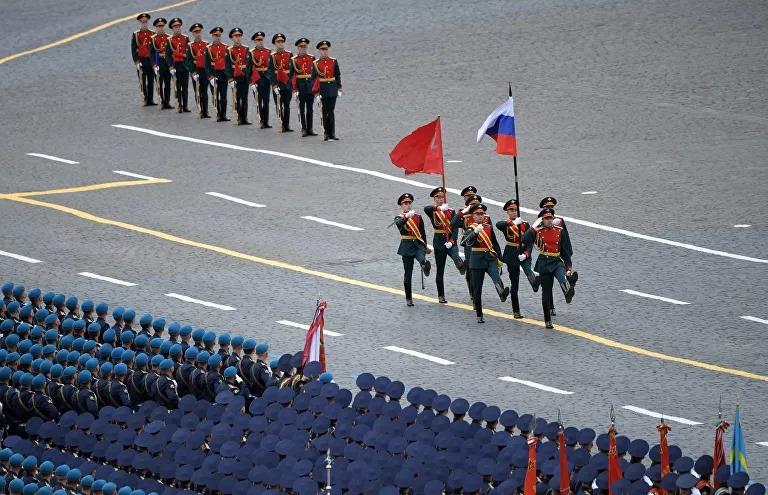 Nga rầm rộ diễu binh mừng Ngày Chiến thắng - Ảnh 4.