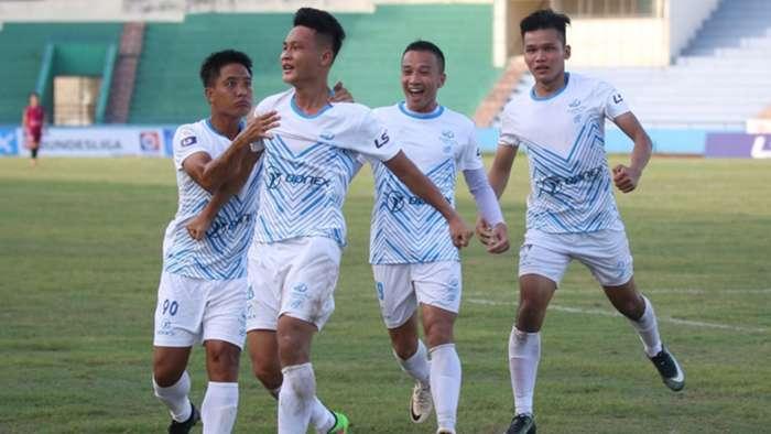 Cựu tuyển thủ U23 Việt Nam: Bỏ bán rượu để tái xuất vì yêu nghề - Ảnh 4.
