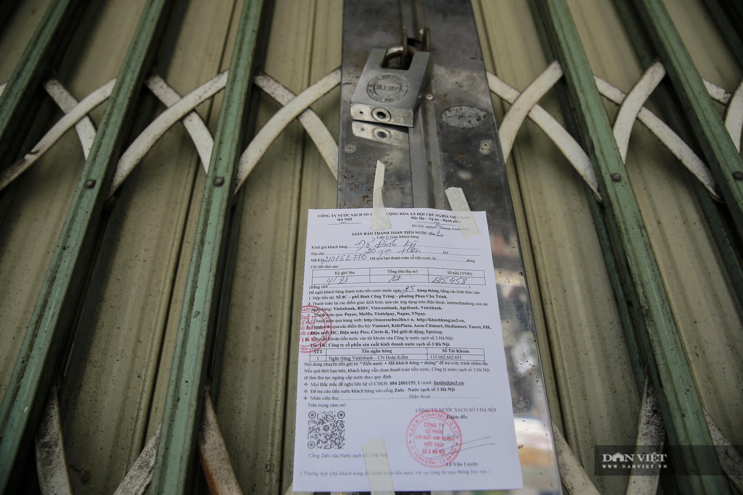 """Những phố ẩm thực """"không ngủ"""" tại Hà Nội đóng cửa hàng loạt vì Covid-19 - Ảnh 6."""