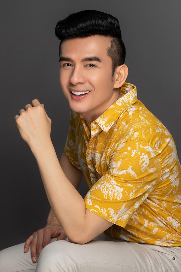 Những lần nghệ sĩ Việt gặp tai nạn hi hữu khi đi diễn tại quán bar - Ảnh 5.