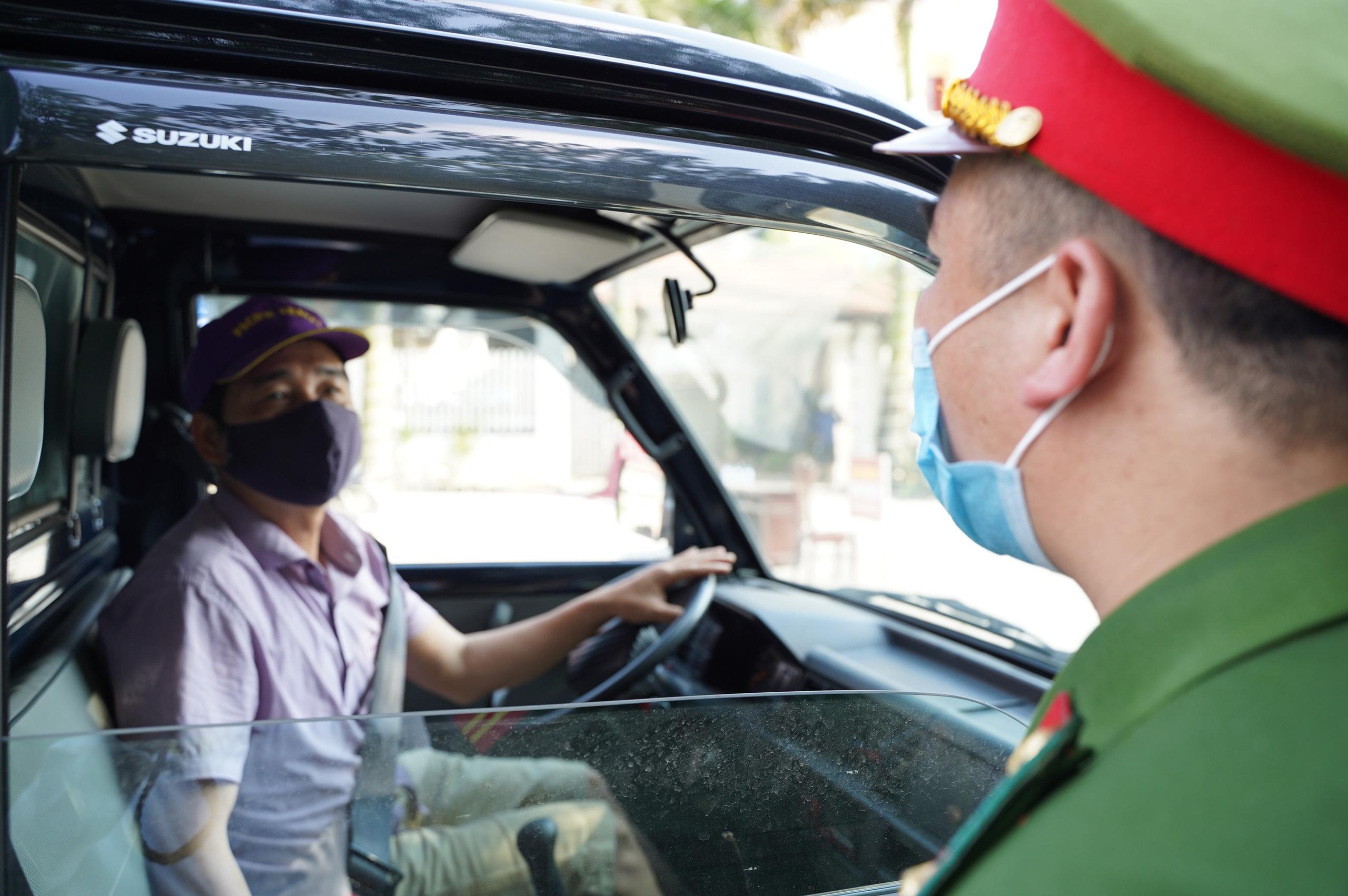 """Bắc Ninh: Huyện Thuận Thành phong toả, đoàn rước dâu  """"quay đầu xe""""  - Ảnh 9."""