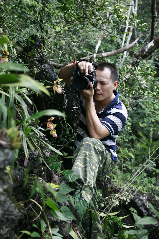Lãng tử 12 năm liền lang thang trong rừng săn ảnh hoa lan, suýt chết vì lan - Ảnh 2.