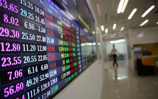 VDSC: Thị trường chứng khoán tháng 5 dao động trong khoảng từ 1.240 - 1.370 điểm - Ảnh 2.