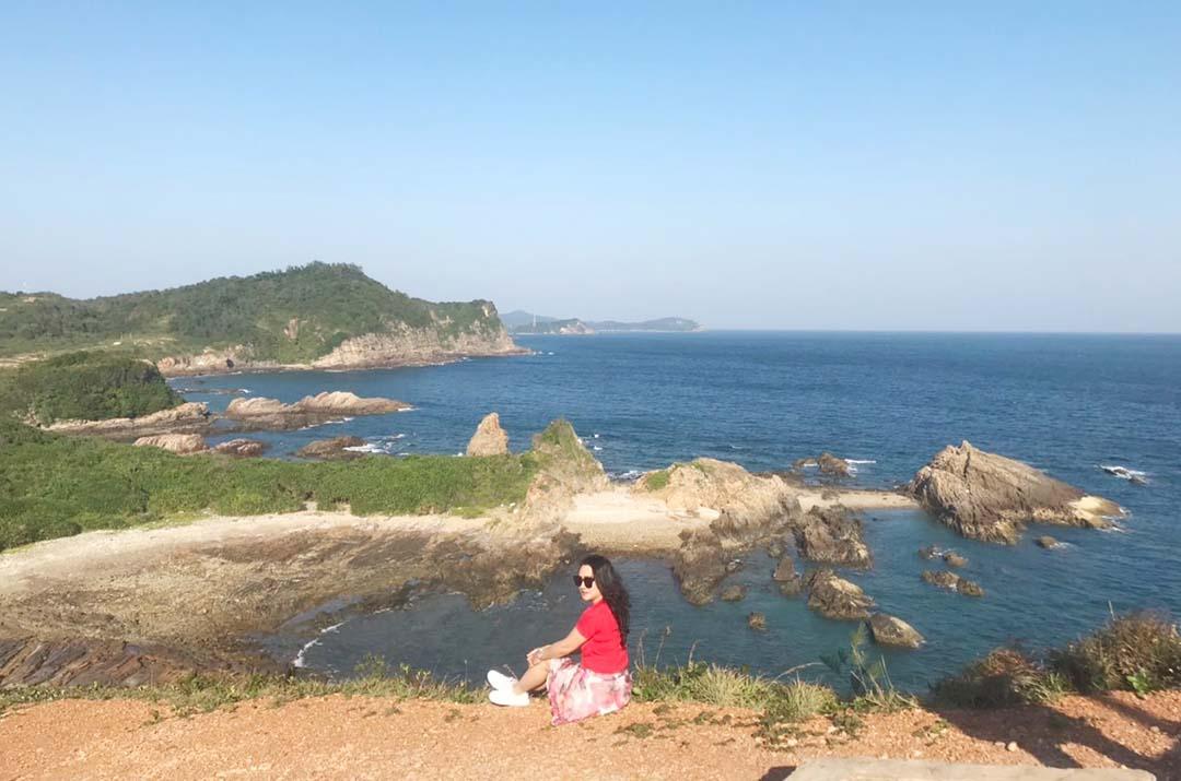 Quảng Ninh: Mở cửa trở lại các điểm du lịch, di tích, danh thắng cùng các hoạt động dịch vụ khác - Ảnh 2.