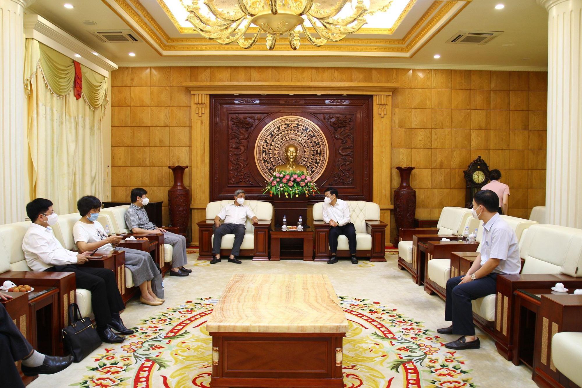 Bộ phận thường trực chống dịch của Bộ Y tế chuẩn bị rút khỏi Bắc Giang - Ảnh 1.