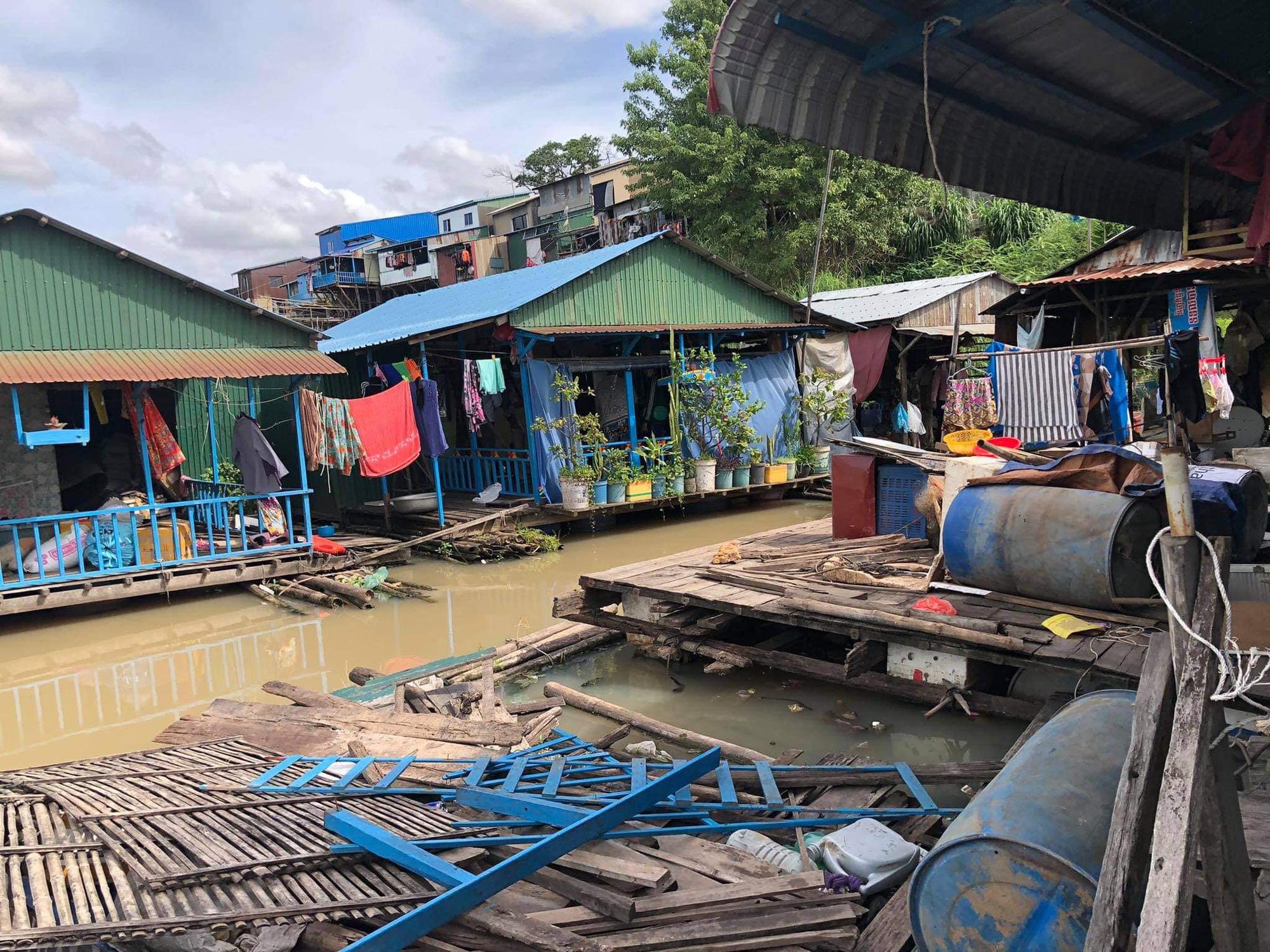 Đề nghị có lộ trình hợp lý di dời nhà nổi của người gốc Việt tại Phnom Penh - Ảnh 1.