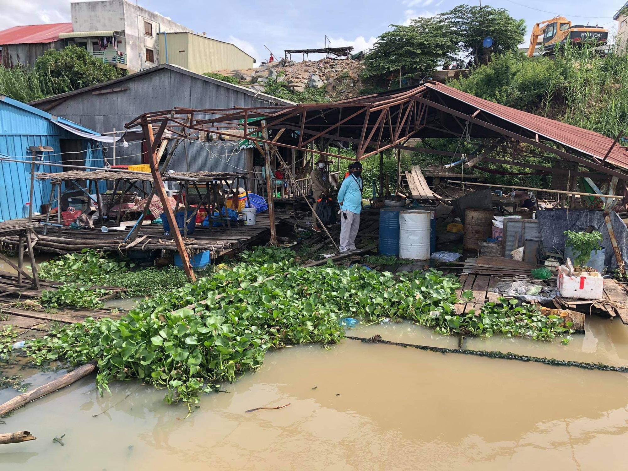 Đề nghị có lộ trình hợp lý di dời nhà nổi của người gốc Việt tại Phnom Penh - Ảnh 2.
