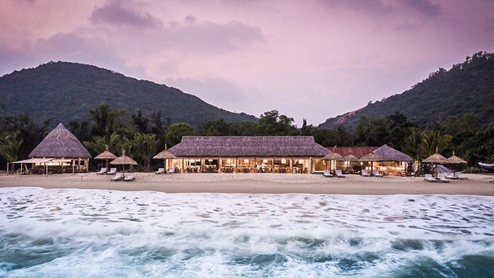 """Zannier Hotels Bãi San Hô Phú Yên được báo Hong Kong chọn là nơi được nhiều khách du lịch """"đặt hàng"""" sau Covid-19  - Ảnh 1."""