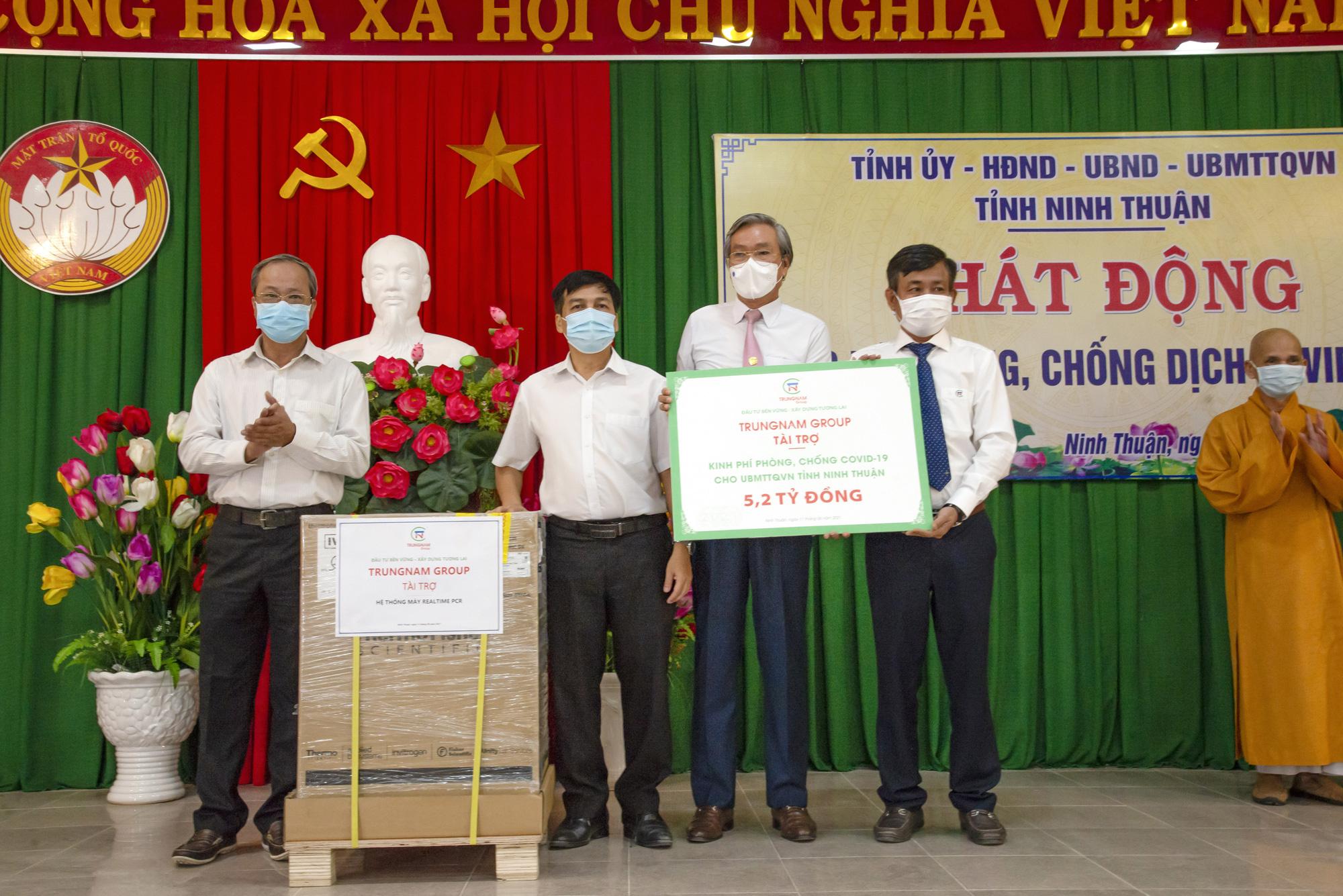 Ninh Thuận: Trungnam Group tặng 5,2 tỷ đồng mua vaccine, hỗ trợ phòng chống dịch Covid-19  - Ảnh 1.