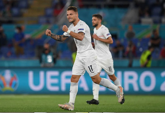 Italia đè bẹp Thổ Nhĩ Kỳ, vì sao HLV Mancini vẫn tỏ ra khiêm tốn? - Ảnh 1.