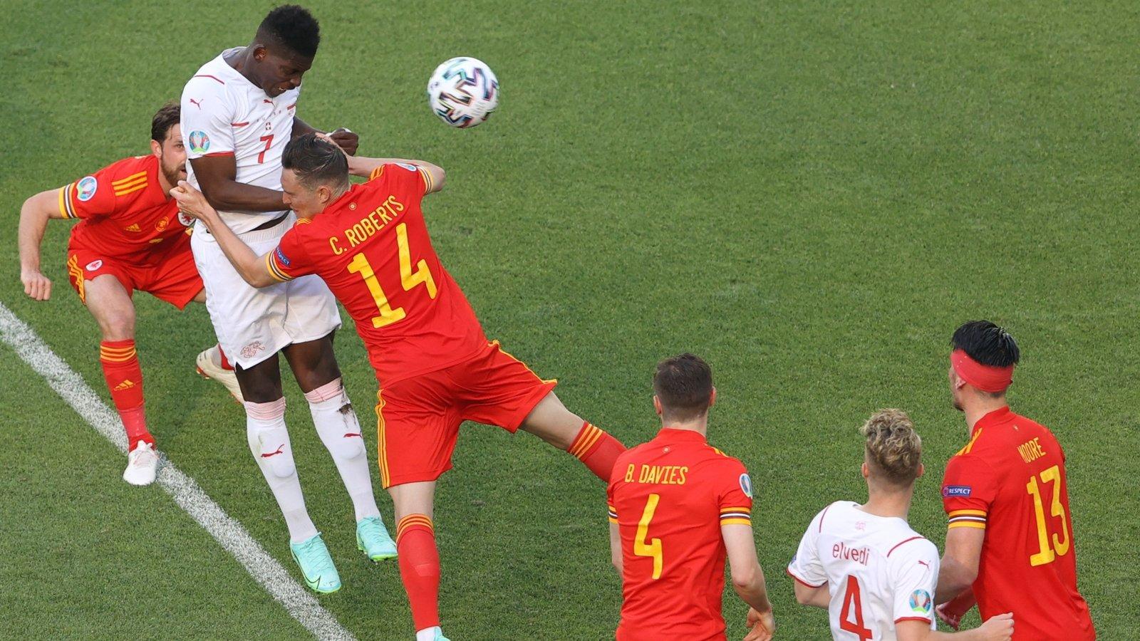 Bale thi đấu nhạt nhòa, Xứ Wales may mắn thoát thua Thụy Sĩ - Ảnh 2.