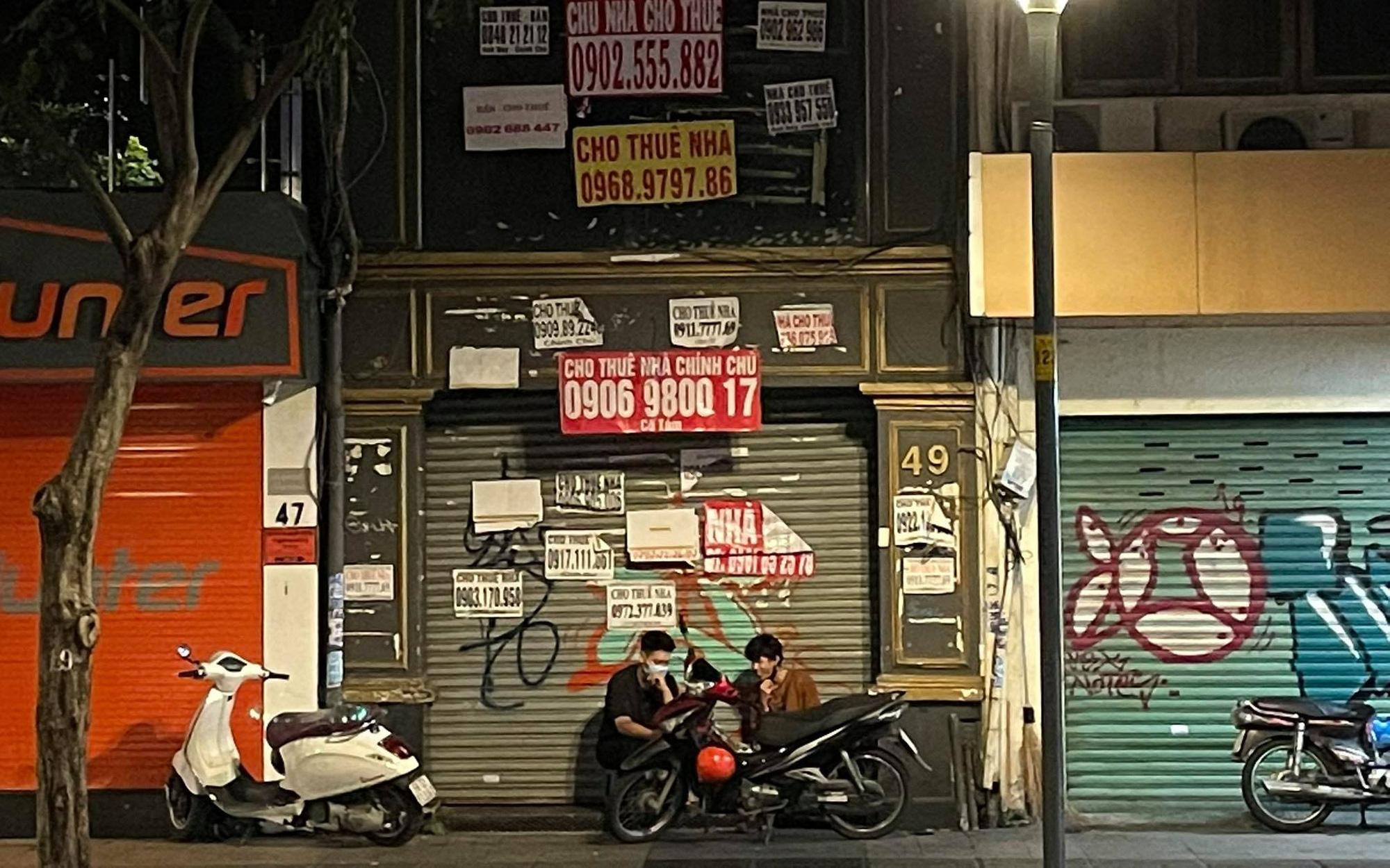 """Mặt bằng và nhà phố cho thuê ở trung tâm TP HCM đối mặt với """"thử thách chưa từng có"""""""