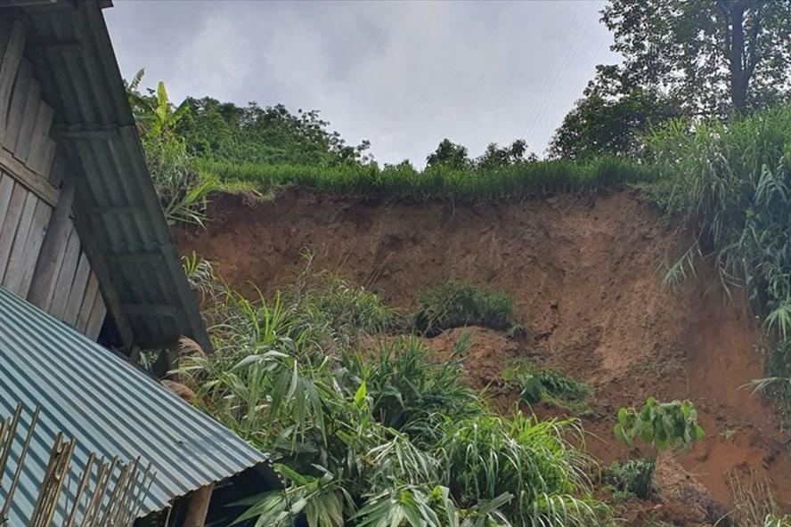 Lào Cai: Một phụ nữ bị đất vùi lấp tử vong thương tâm khi đang ngủ - Ảnh 1.