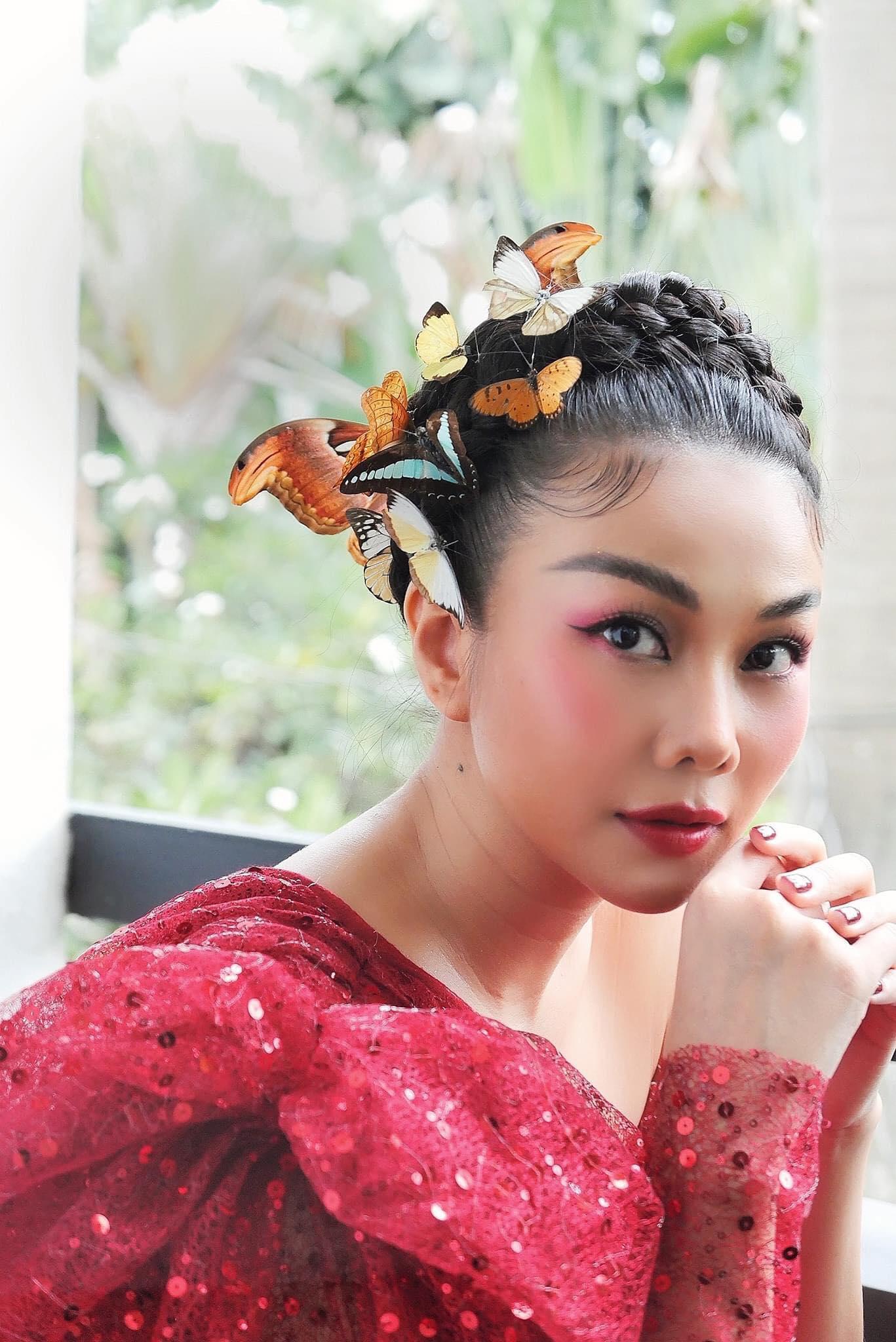 Những hoa hậu Việt xinh đẹp mang thêm danh diễn viên - Ảnh 9.