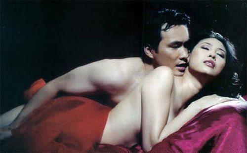 Những hoa hậu Việt đã đẹp còn mang thêm danh diễn viên - Ảnh 1.