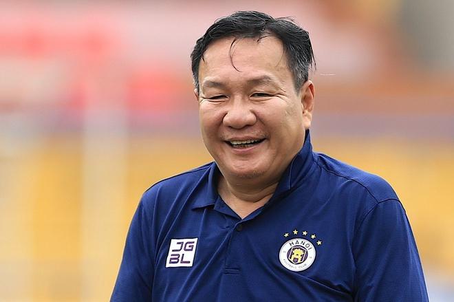 """Nguyễn Hoàng Đức """"solo"""" Malaysia, HLV Hoàng Văn Phúc nói gì?  - Ảnh 2."""