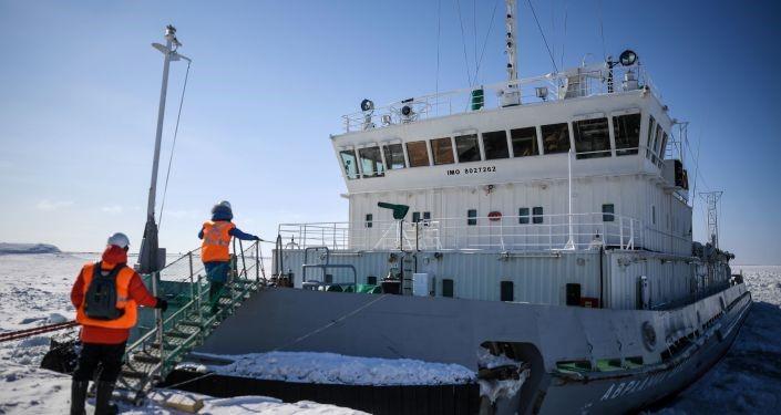 Putin tuyên bố Nga sẽ tiếp tục phát triển hạm đội tàu phá băng mạnh nhất thế giới - Ảnh 1.