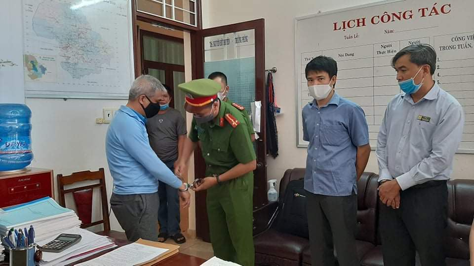 Nguyên Giám đốc Sở Y tế Đắk Lắk cùng 11 thuộc cấp sắp hầu toà - Ảnh 1.