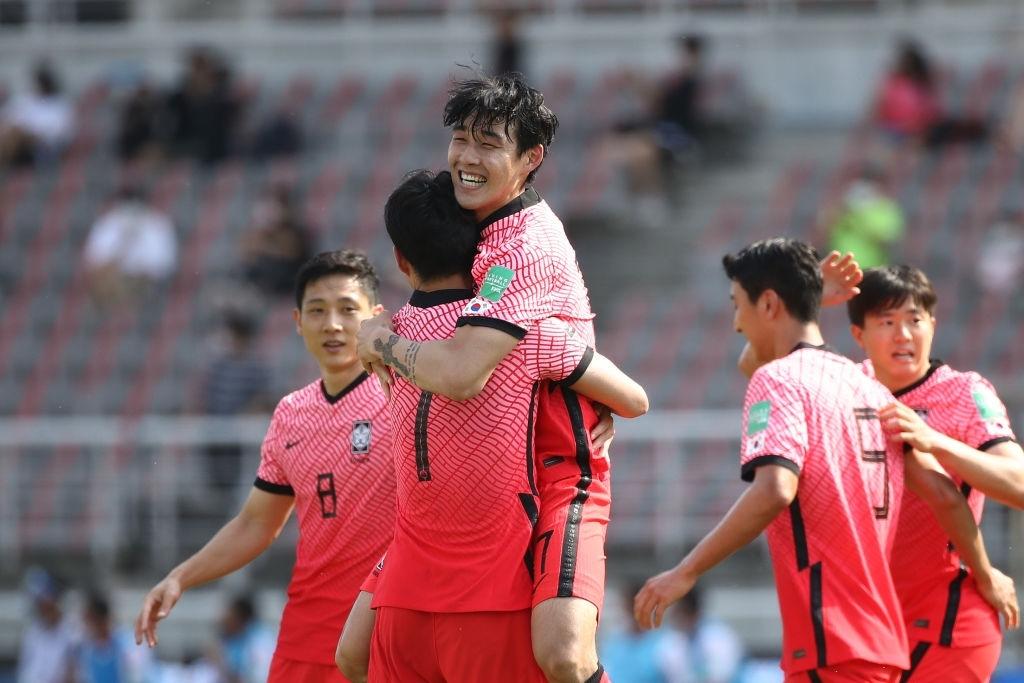 """Son Heung-min động viên: """"Eriksen, I love you"""" sau khi ghi bàn mang niềm vui đến hàng triệu fan Việt Nam - Ảnh 3."""