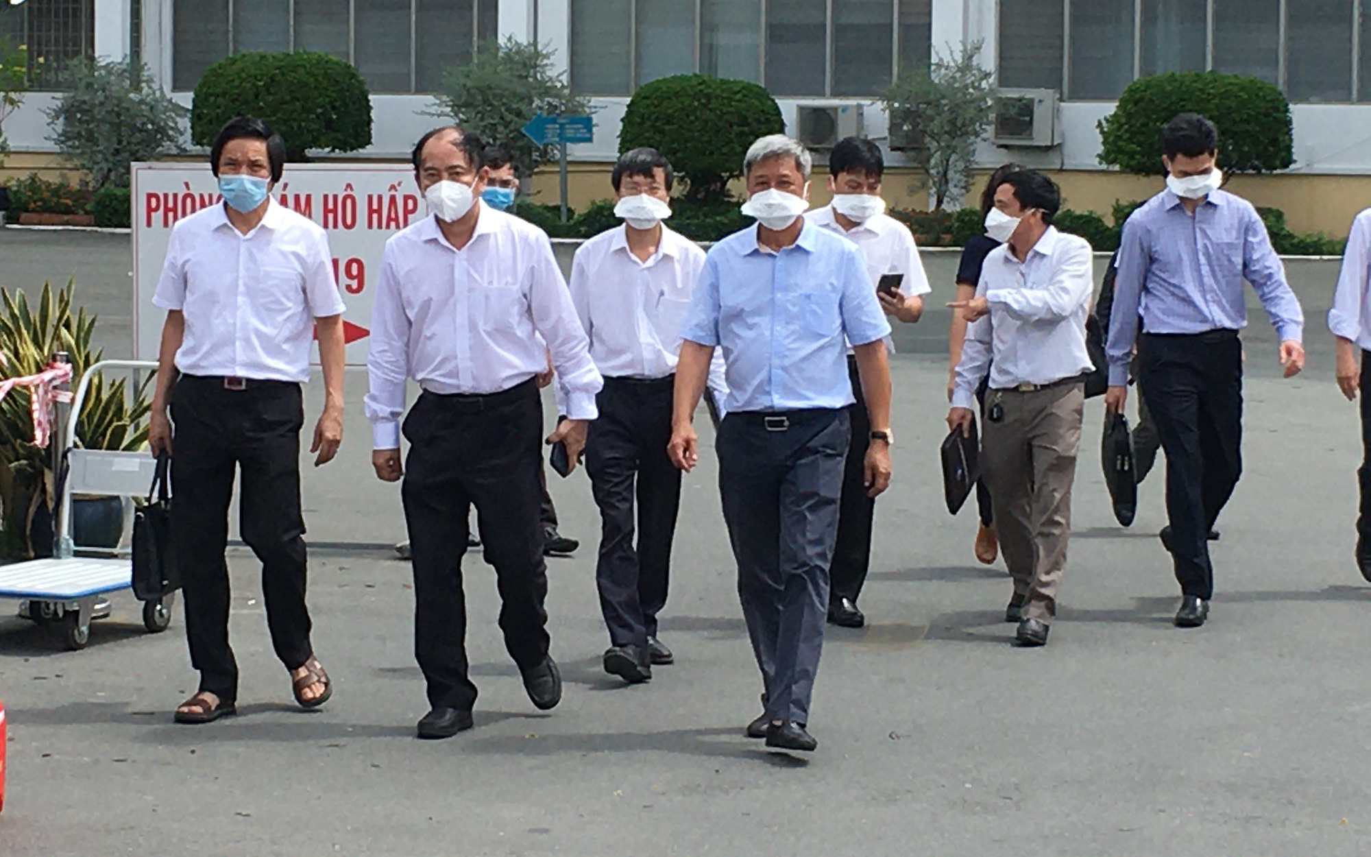 """22 nhân viên dương tính SARS-CoV-2, Bệnh viện Nhiệt đới TP.HCM thành """"điểm nóng"""""""