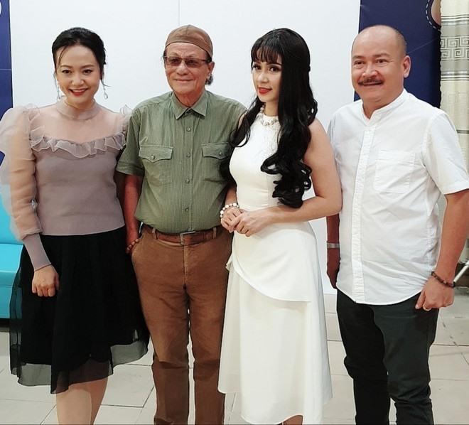 """Việt Trinh: """"Tôi đã bật khóc khi đạo diễn Lê Cung Bắc bảo vệ mình đóng vai Bạch Cúc"""" - Ảnh 3."""
