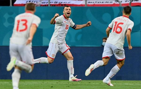 Khoảnh khắc Bắc Macedonia có bàn thắng đầu tiên trong lịch sử các VCK.