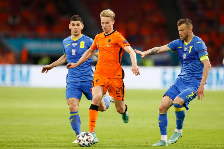 Rượt đuổi tỷ số nghẹt thở, Hà Lan đánh bại Ukraine đầy kịch tính - Ảnh 1.