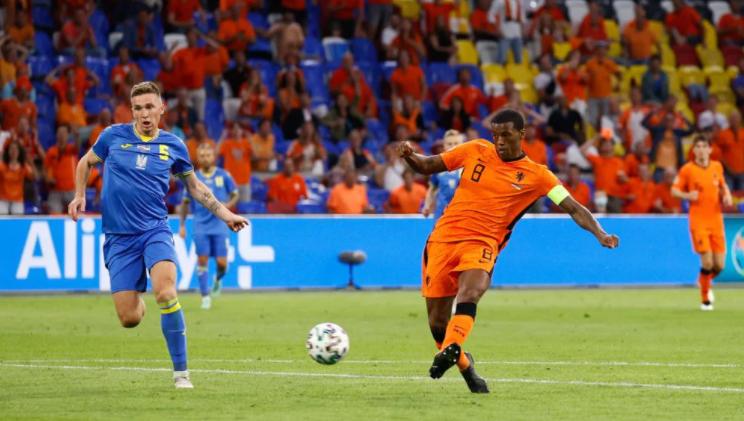 Rượt đuổi tỷ số nghẹt thở, Hà Lan đánh bại Ukraine đầy kịch tính - Ảnh 2.