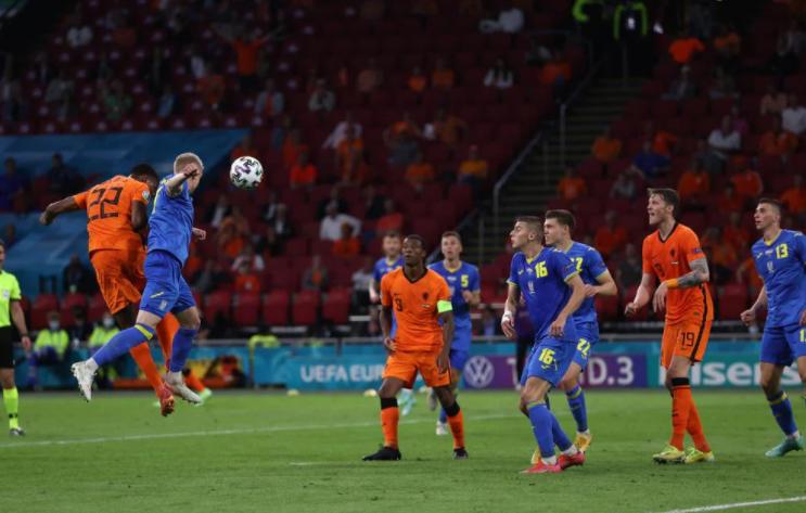 Hà Lan thắng hú vía Ukraine, HLV De Boer chỉ ra bí quyết thành công - Ảnh 2.